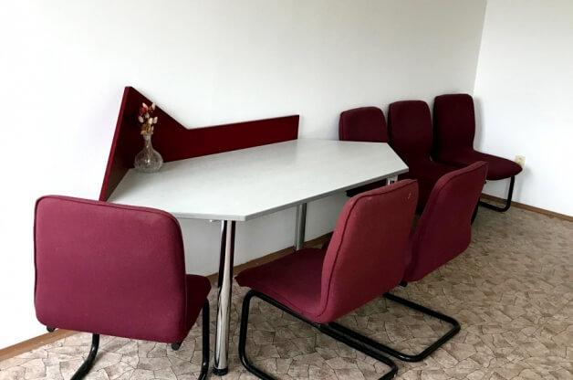 Kanceláře v klidné lokalitě HK