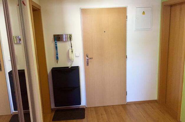 Novější byt 2+kk