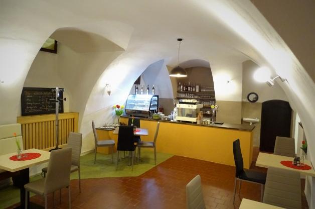 Útulná kavárna